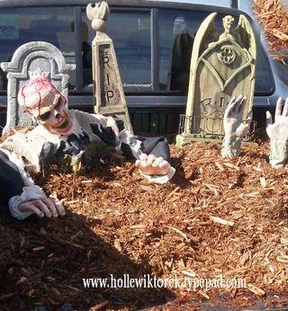 GraveyardTrunkOrTreat