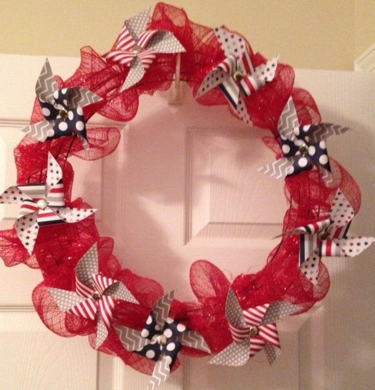 PatrioticPinwheel Wreath